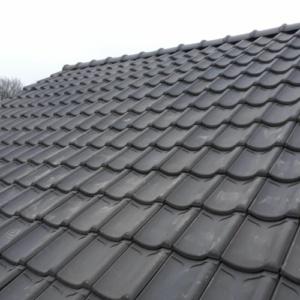 dak voorzien van nieuwe pannen