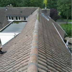 dak met opnieuw gesmeerde nokken